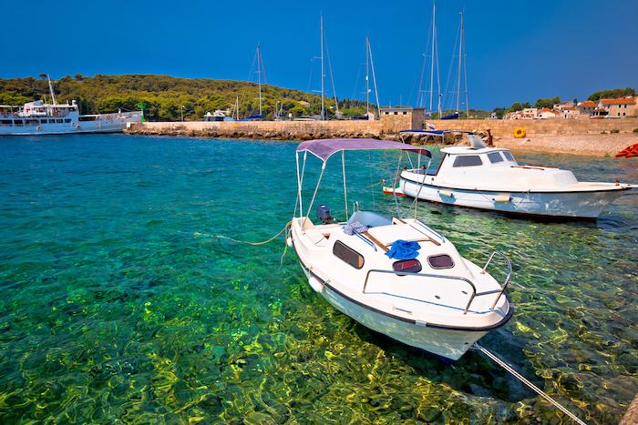 barca en Croacia